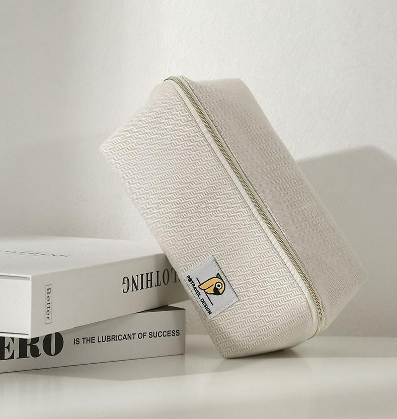 Easy Opening Waterproof Cosmetic Bag Toiletry Bag